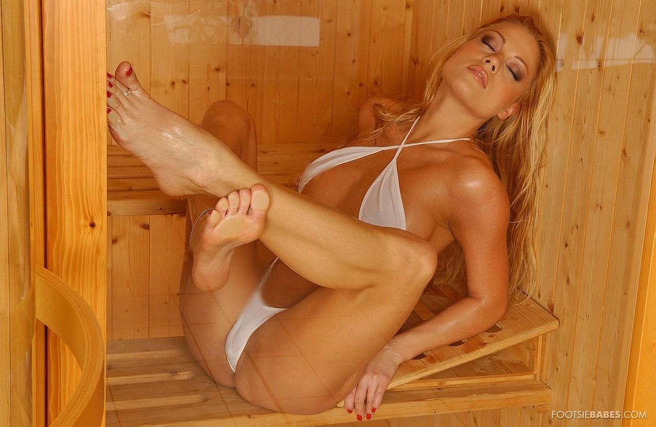 Adriana malkova beautiful feet porn tube